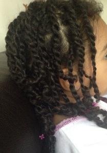 quel est le r le d une coiffure protectrice enfant m tisse leurs cheveux. Black Bedroom Furniture Sets. Home Design Ideas