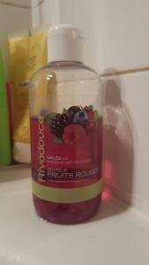 Gelée de douche aux fruits rouge de Rivadis
