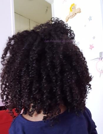 Resultat de l'apres-shampoing à la creme d'avoine sur une tête frisée (3)